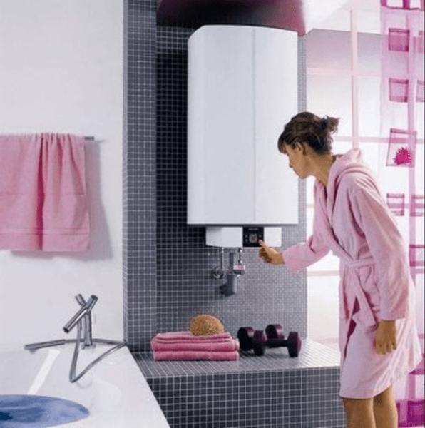 Большой настенный накопительный водонагреватель Stiebel Eltron с электронным управлением удовлетворит потребности в горячей воде сразу для всей семьи